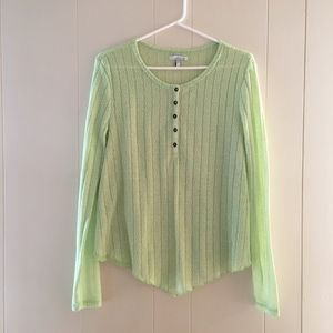 O'NEILL lime green shirt